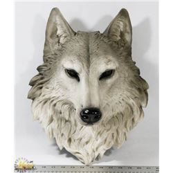 LARGE WOLF HEAD FOR WALL MOUNT