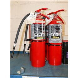 LOT OF 4 FIRE EXTINGUISHERS WITH CHARGE