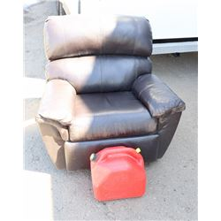 BROWN LEATHER RECLINING CHAIR WITH GAS CAN - AS IS