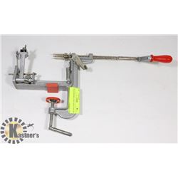 THE PAMPERED CHEF APPLE PEELER