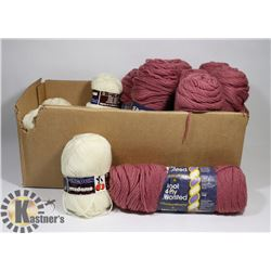 FLAT OF KNITTED WORSTED YARN 8 ROSE, 9 BALLS OF
