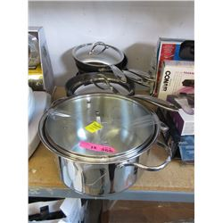 10 Piece Lot of Assorted Cookware - Store Returns