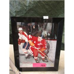 Autographed Detroit Red Wings Photo