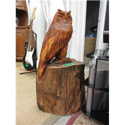 Carved Cedar Owl on Stump Statue