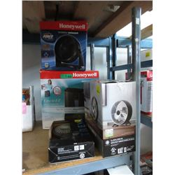 3 Assorted Fans & a Humidifier - store returns