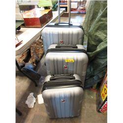 Swiss Gear 3 Piece Luggage Set - Store Returns