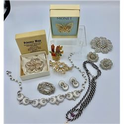 MISC LOT OF COSTUME JEWELRY