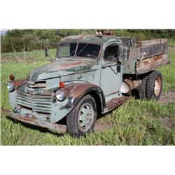 1941 GMC Series 400 Truck w/ Hydraulic Hoist Bed