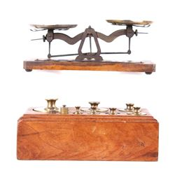 "Early 1900""s Roberval Trade Scale w/ Weights"