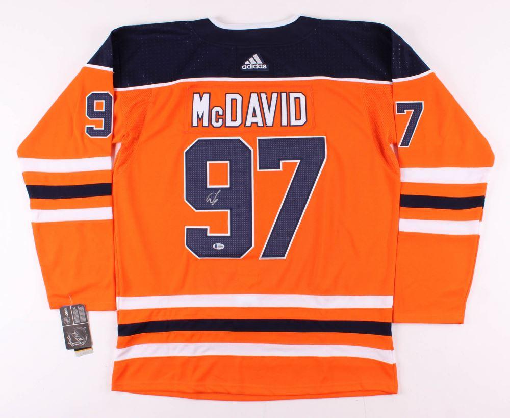 the best attitude 18f5e 770e5 Connor McDavid Signed Edmonton Oilers Captain's Jersey ...