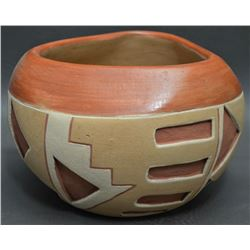 SAN JUAN INDIAN POTTERY BOWL (DOMINGUITA SISNEROS)