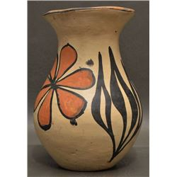 SANTO DOMINGO INDIAN POTTERY VASE