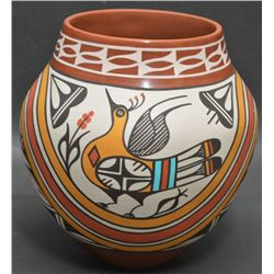 JEMEZ INDIAN POTTERY VASE (CAJERO)
