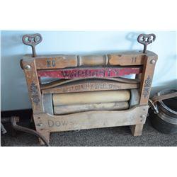 Vintage Laundry Wringer