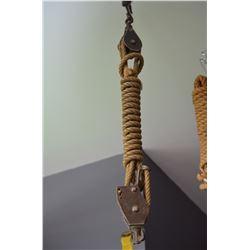 Vintage Pully & Rope Set