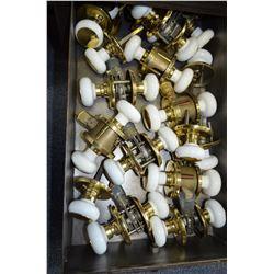 Lot of porcelain & brass door knobs