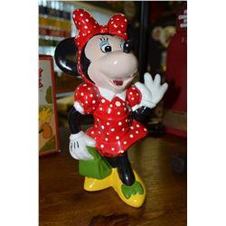 Original Walt Disney Productions Figurine