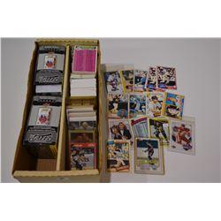 Lot of Mixed Baseball Cards