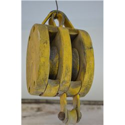 Vintage color pulley