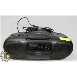 RADIO SHACK PORTABLE GHETTO BLASTER