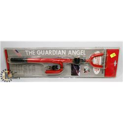 THE GUARDIAN ANGEL DOUBLE STEERING WHEEL LOCK