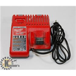 MILWAUKEE M12 M18 CHARGER