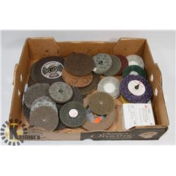 FLAT OF VARIOUS GRINDING DISCS