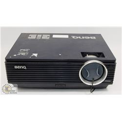 BENQ PROJECTOR WITH 52 HOURS ON LAMP