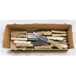 LARGE BOX OF STEAK KNIVES