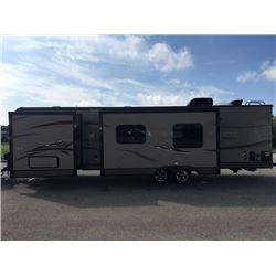 REPO! 2015 FOREST RIVER ROCKWOOD 34FT 8293 IKRBS