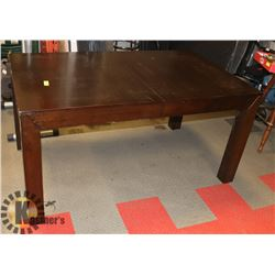SOLID WOOD TABLE WITH CENTRE LEAF 5' X 3'