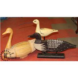 3 WOODEN BIRDS