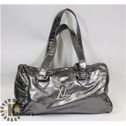 LOUIS VITTON REPLICA SILVER PURSE