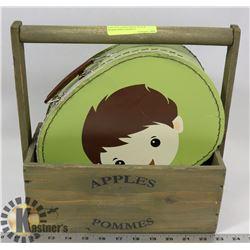 VINTAGE CHILD TRINKET BOX & WOOD APPLE BASKET.