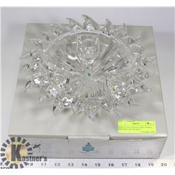 PARTYLITE CRYSTAL TRI-CANDLE HOLDER CENTER PIECE.