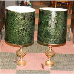 PAIR OF BROWN & GLASS TABLE LAMPS.