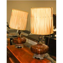 PAIR OF AMBER GLASS VINTAGE LAMPS WITH BRASS BASES