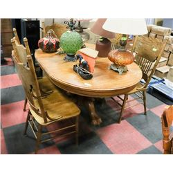 VINTAGE WOOD TABLE W/5 CHAIRS AND LEAF