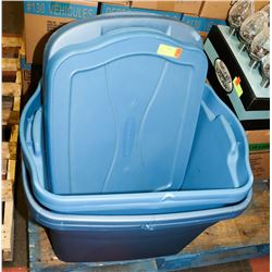 2 RUBBERMAID & 2 STERLITE TUBS WITH LIDS.