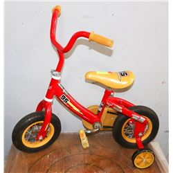 95 MCQUEEN SMALL RED BIKE WITH TRAINING WHEELS.