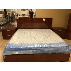 CHERRY 5 PCS KING SIZE BEDROOM SET INCLUDING: KING BED, 5 DRAWER DRESSER, 3 DRAWER CHEST AND 2 TWO