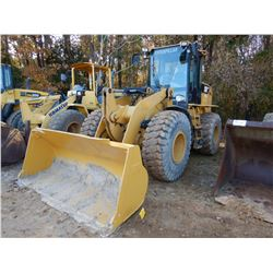 2011 CAT 924HZ WHEEL LOADER, VIN/SN:PED01047 - BUCKET, AUX HYDS, CAB, A/C, 20.5-25 TIRES, METER READ