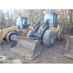 CAT IT28G TOOL CARRIER, VIN/SN:8CR01725 - COUPLER, BUCKET, FORKS, AUX HYD, CAB, A/C, 20.5-25 TIRES,