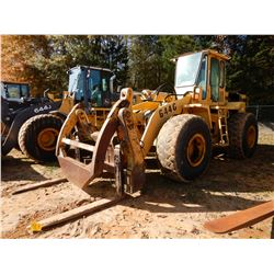 JOHN DEERE 644G WHEEL LOADER, VIN/SN:548669 - WICKER FORKS W/TOP CLAMP, AUX HYD, CAB, A/C, 23.5-25 T