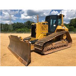 2015 CAT D6N LGP CRAWLER TRACTOR, VIN/SN:PBA02434 - 6 WAY BLADE, DIFF STEER, GPS READY, CAB, A/C, ME
