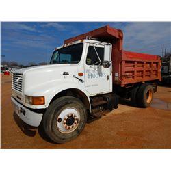 1998 INTERNATIONAL 4700 DUMP TRUCK, VIN/SN:1HTSCAAN7W518216 - S/A, IHC DT466E DIESEL ENGINE, 6+TRANS