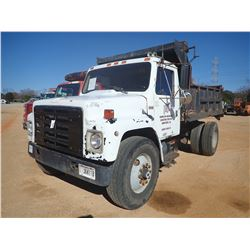 1984 INTERNATIONAL S1900 DUMP, VIN/SN:1HSLRUGN5EHA37642 - S/A, IHC DIESEL ENGINE, 5 SPEED TRANS, 10'
