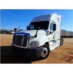 2014 FREIGHTLINER CASCADIA TRUCK TRACTOR, VIN/SN:3AKJGLD56ESFK0491 - T/A, 505HP DD15 DETROIT ENGINE,