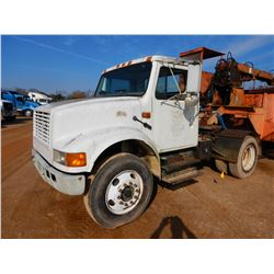 2001 INTERNATIONAL 4700 TRUCK TRACTOR, VIN/SN:18TSCABN71H352447 - IHC DT466E DIESEL ENGINE, ALLISON