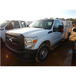 2011 FORD F250 SERVICE TRUCK, VIN/SN:1FD7X2A62BEA37142 - EXT CAB, V8 GAS ENGINE, A/T, KNAPHEIDE SERV